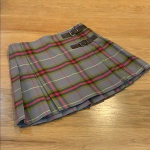 Burberry ~ Taupe Hot Pink Color kilt skirt Size 8